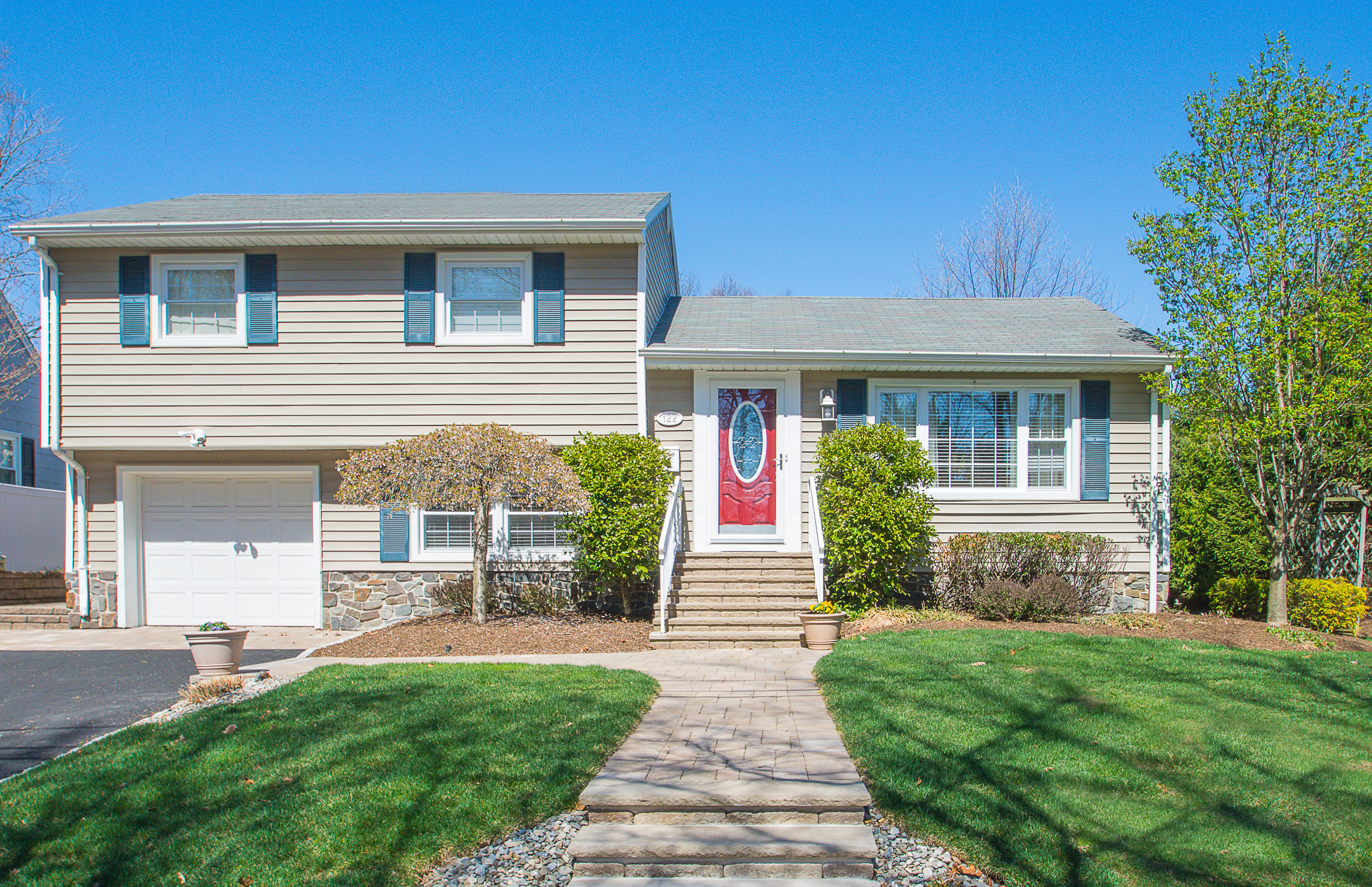 122 Demarest Avenue Emerson NJ 07630 Sold By The Gibbons Team Gibbons Te