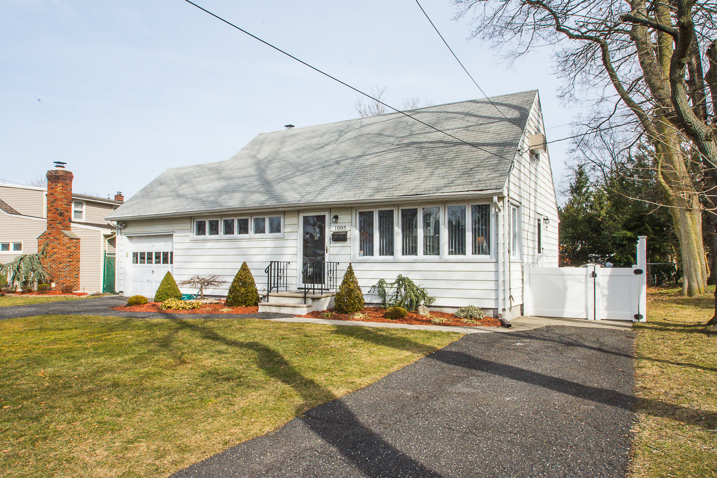 1005 Carnation Dr New Milford Nj 07646 Sold By The