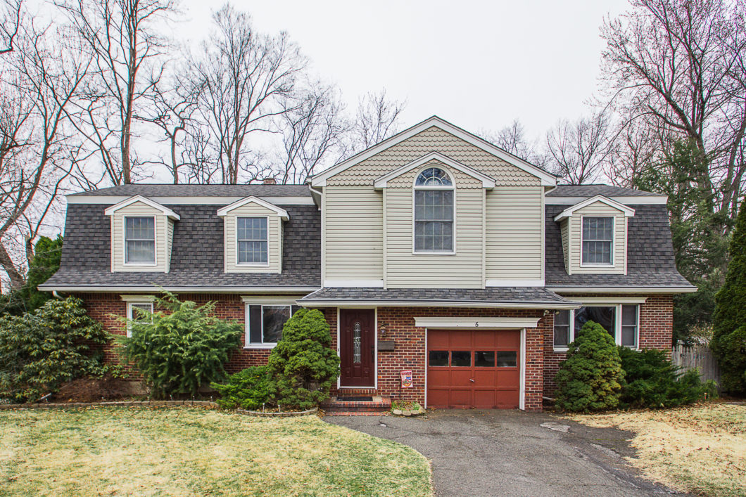 6 Fenway Ct River Edge, NJ 07661 | Presented for Sale by the Gibbons Team wwwgibbonsteam.net